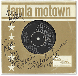 Martha Reeves signed copy of tamla motown 45rpm sleeve